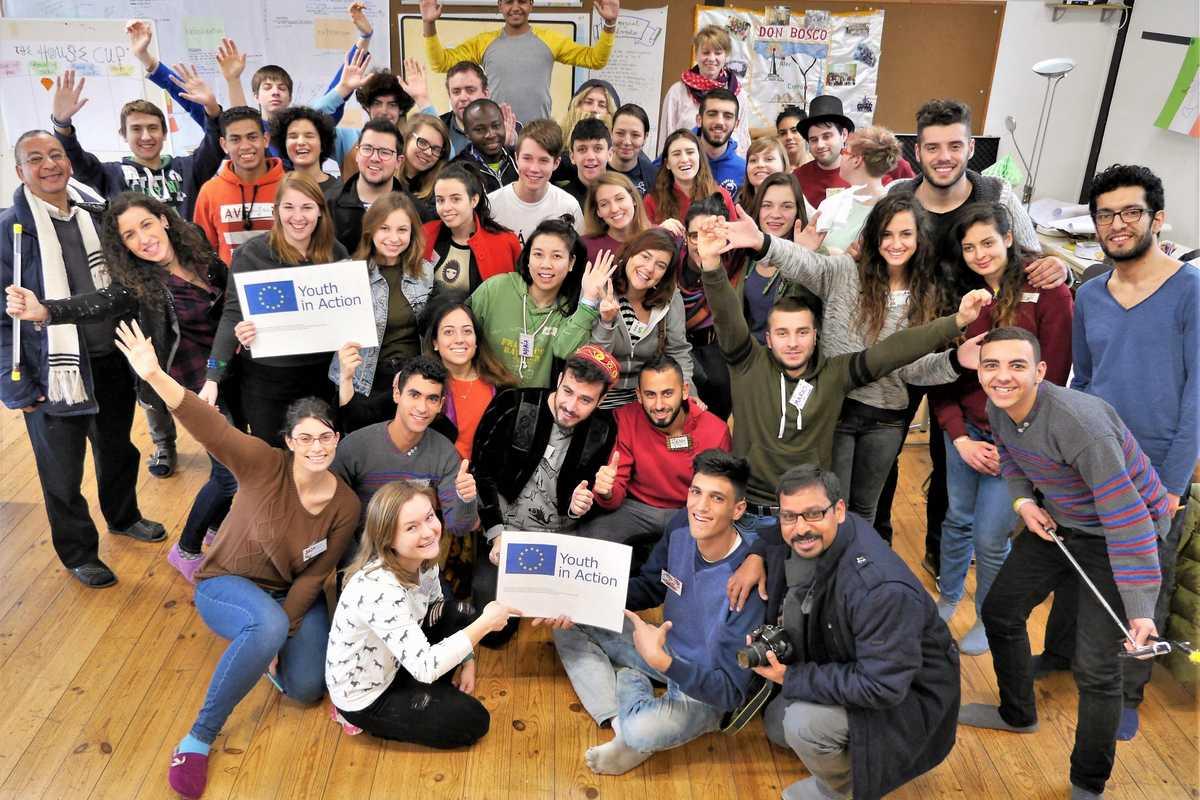 Jugendliche aus Europa und dem Nahen Osten