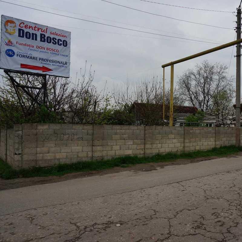Einfahrt zum Don Bosco Zentrum in Chisinau